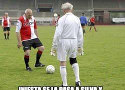 Enlace a Iniesta y Silva con la roja