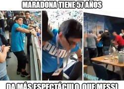 Enlace a Maradona robó el show