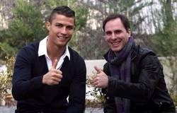 Enlace a La contradicción de Manu Sainz y las camisetas vendidas cuando se trata de Cristiano Ronaldo, por @Llourinho