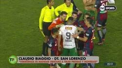 Enlace a Nicolás Navarro, portero de san Lorenzo hace una fuerte crítica a la forma en que fueron recibidos para un partido en Chile