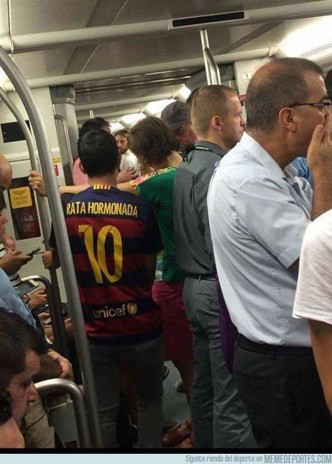 1050821 - Qué gente tan estupenda puedes ver en el metro, por @kroostirador