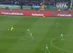 Enlace a El mago Özil cumple hoy 30 años