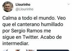 Enlace a La cuenta de @Llourinho se da cuenta que Reguilón le sigue en Twitter y decide intervenir en el conflicto entre él y Ramos