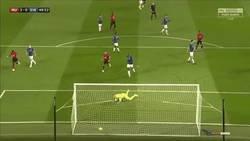 Enlace a El golazo de Martial que le dió la victoria al United frente al Everton