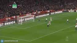 Enlace a El gol de Torreira que sentenciaba el derbi de Londres