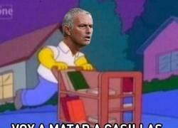 Enlace a Mourinho fuera del United después del tuit de Casillas criticando que no puede entrenar, por @Llourinho