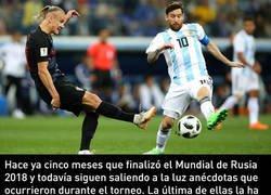 Enlace a Sale a la luz el bonito gesto que tuvo Messi con la selección de Croacia después del Mundial