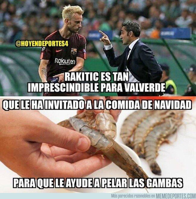 1059942 - Rakitic come en la mesa de Valverde, por @hoyendeportes4