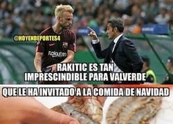 Enlace a Rakitic come en la mesa de Valverde, por @hoyendeportes4