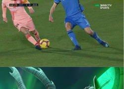 Enlace a La jugada que Jaime Mata le contará a sus nietos, cañito a Messi