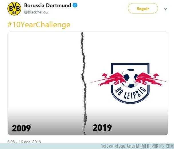 1061605 - El Dortmund tiró uno de los mejores #10yearschallenge de todos