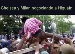 Enlace a Las pujas por Higuaín, parece ser que al final ya es del Chelsea