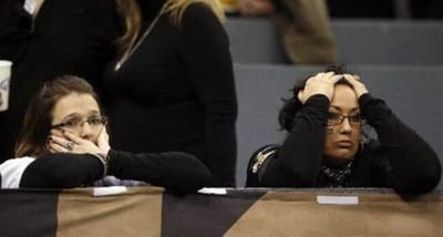 1062123 - Un fan de los Saints no se tomó nada bien la derrota de su equipo en la NFL