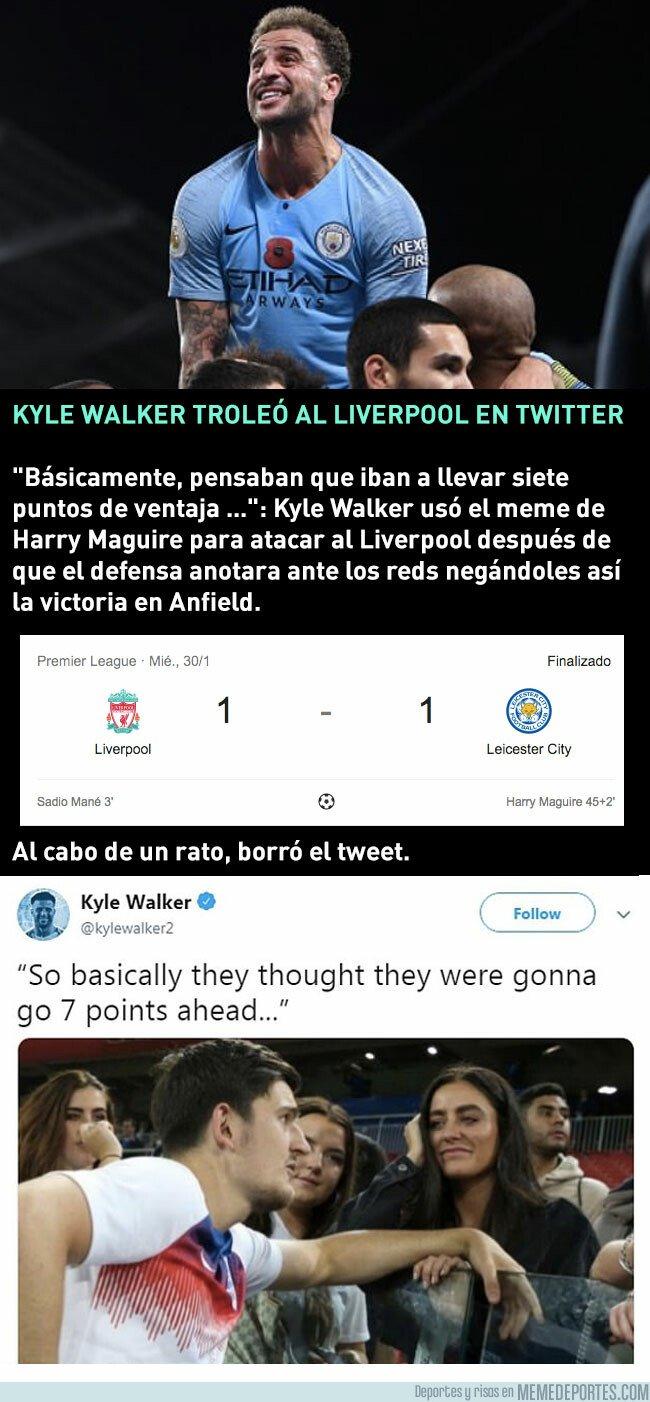 1063218 - Kyle Walker se ríe del Liverpool con un meme de Maguire y luego lo borra