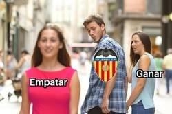 Enlace a Después del partido contra el Getafe el Valencia tiene la mitad de victorias que de empates esta liga