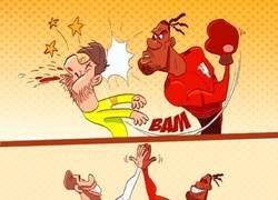 Enlace a Ramos aprueba el lance de Smalling, por @goalglobal