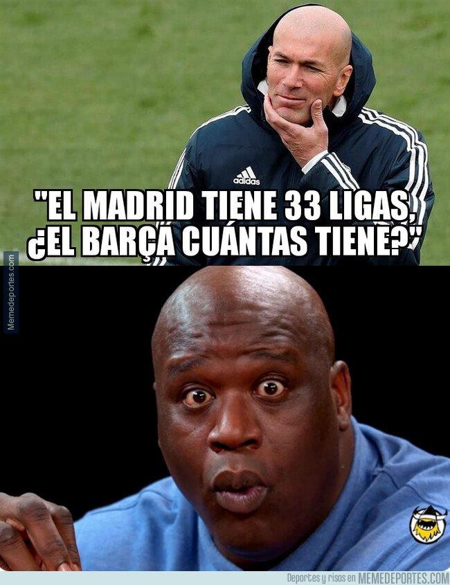 1072533 - Zidane lanza un dardo dirección Barcelona