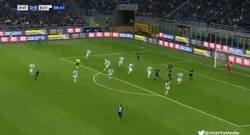 Enlace a El bestial gol de Nainggolan contra la Juve