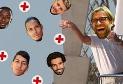 Enlace a El Liverpool llega a la vuelta con un buen puñado de dudas y bajas