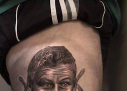 Enlace a Y es por esto que es mejor esperar al final para decidir hacerte un tatuaje