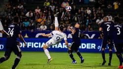 Enlace a El impresionante último golazo de Zlatan al estilo Zlatan