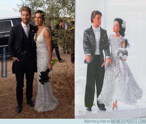 1078237 - Parecidos razonables entre Sergio Ramos y Pilar Rubio recién casados y Barbie y Ken...