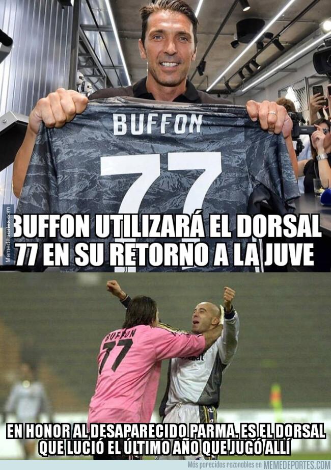 1080202 - Buffon homenajea al Parma en su vuelta a la Juve