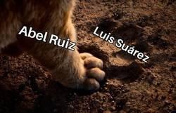 Enlace a A Abel Ruiz se le ven cosas de su compañero en el Barça
