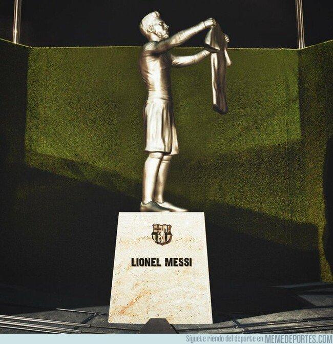 1084324 - La estatua que habrá en el Camp Nou cuando Messi se retire, por @Barzaboy