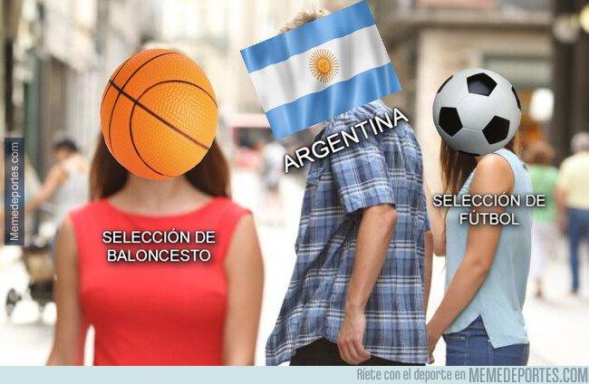1085530 - Desde luego que Argentina está teniendo más alegrías últimamente con el baloncesto que con el fútbol...