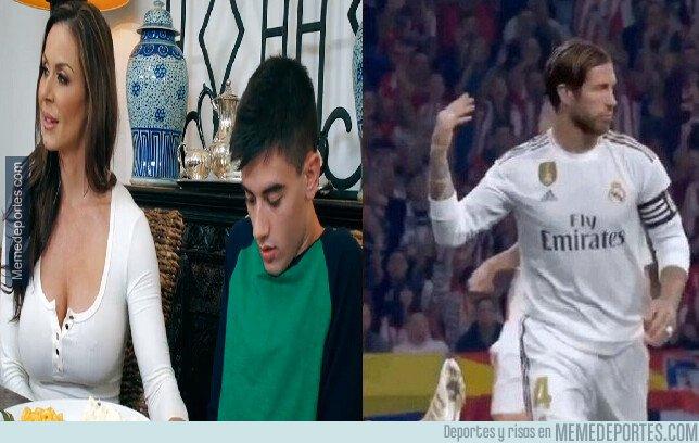 1087502 - Mientras tanto Sergio Ramos sigue con lo suyo...