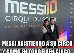 Enlace a Leo Messi y los payasos de su circo