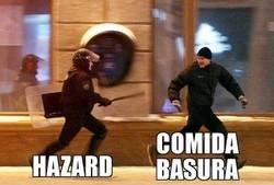 Enlace a Hazard sigue a lo suyo