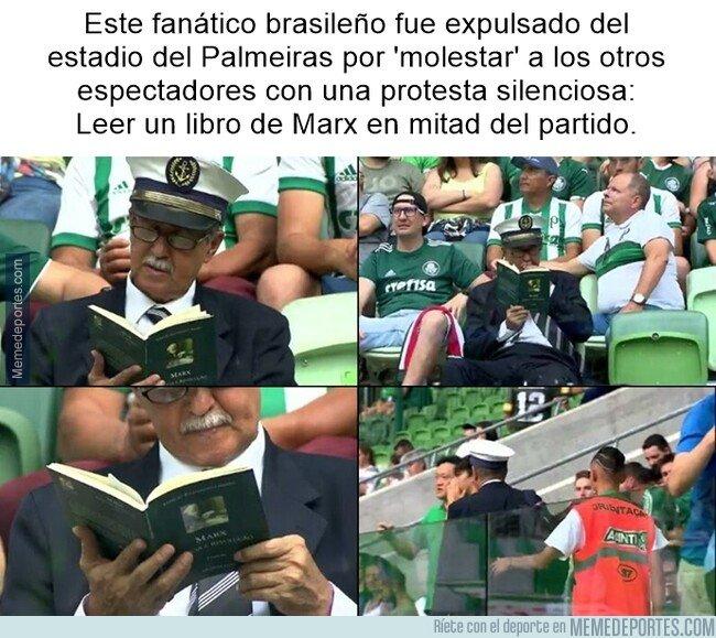 1092823 - ¿Como se le ocurre hacer eso en un país dirigido por Bolsonaro?