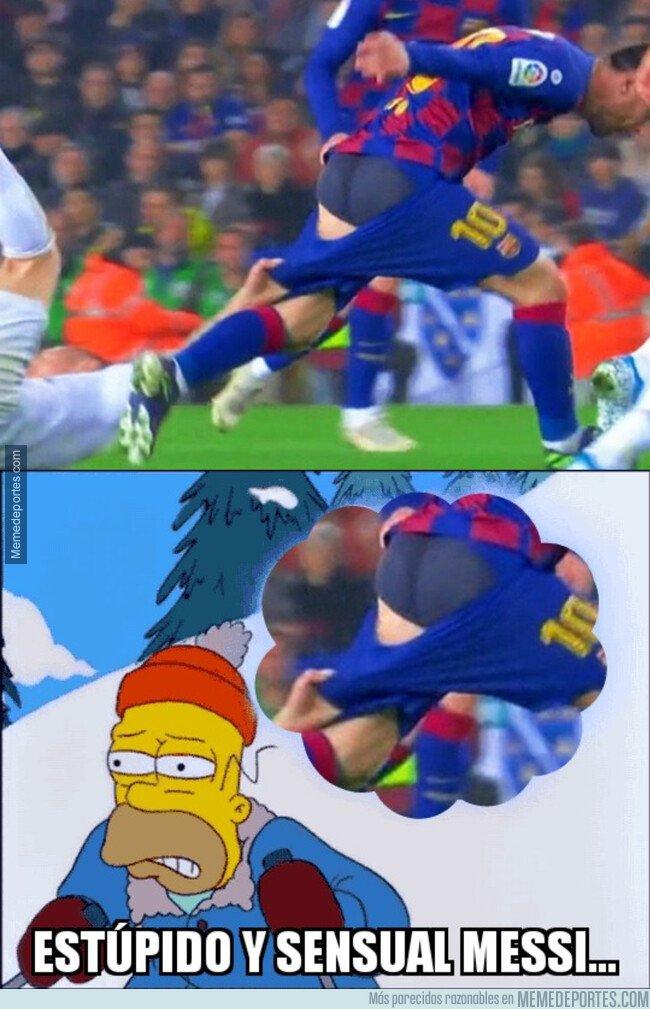 1093960 - Casi dejan a Messi en gayumbos en mitad del Clásico
