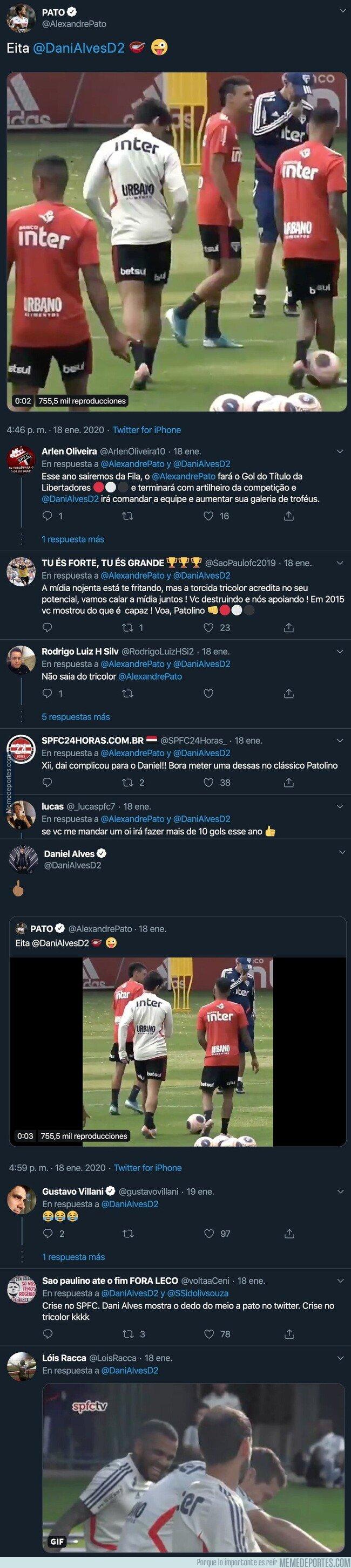 1096337 - La genial respuesta de Dani Alves a Alexandre Pato por Twitter después de recibir un monumental caño en el entrenamiento del Sao Paulo