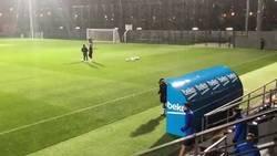 Enlace a La polémica frase de Gerard Piqué antes de entrenar con lluvia con la que muchos culés están muy cabreados