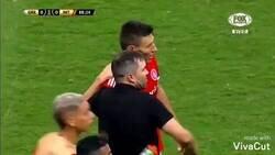 Enlace a La pelea entre Gremio e Inter con Withney Houston de fondo.