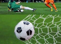 Enlace a El tuit de Roncero que podría dejarnos sin Mundial de 2010