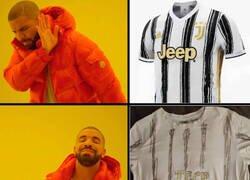 Enlace a Cuando no tienes dinero para comprarte la nueva camiseta de la Juve