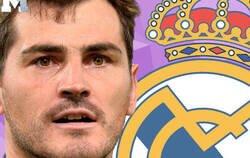 Enlace a La carrera de Iker Casillas resumida en 10 momentos