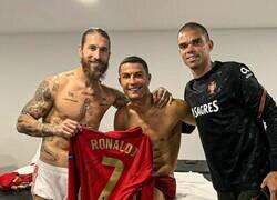 Enlace a Si eres del Madrid, ¿qué sientes al ver esta foto?