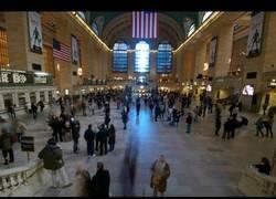 Enlace a Performance en Grand Central, ¡que no se mueva nadie!