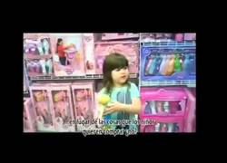 Enlace a ¿Por qué lo rosa solo es para las niñas? (Inglés)