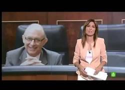Enlace a Las risitas del Ministro Montoro cada vez que anuncia recortes