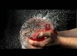 Enlace a Slow motion: globos de agua