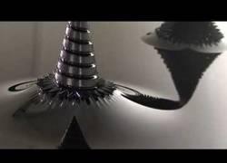 Enlace a Ferrofluido, un material más emparanoiante que las drogas