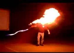 Enlace a ¿Alguna vez has visto un látigo de fuego? Me refiero fuera de los videojuegos...