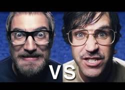 Enlace a La batalla definitiva de rap: Nerds vs. Geeks (inglés)