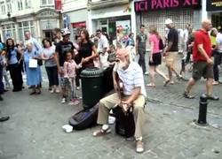 Enlace a El abuelo más rockero del mundo